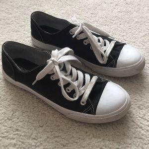 Black Low-Top Canvas Sneakers